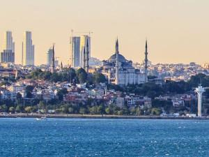 Turkcell deploys AirDensity network