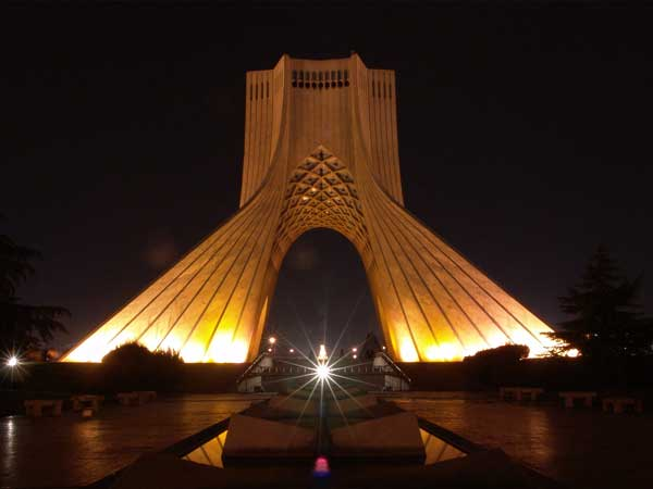 Britain's Vodafone to partner with Iran's HiWeb to modernise network