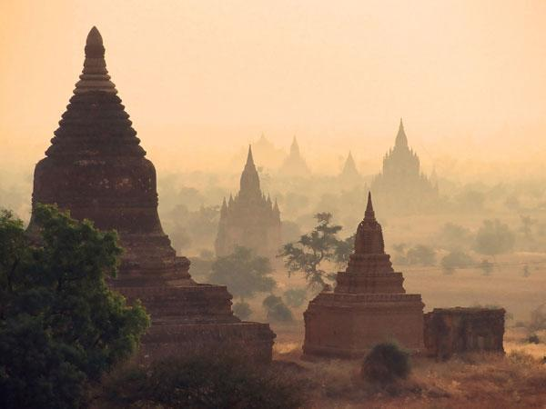 Myanmar operators step up 4G rollouts